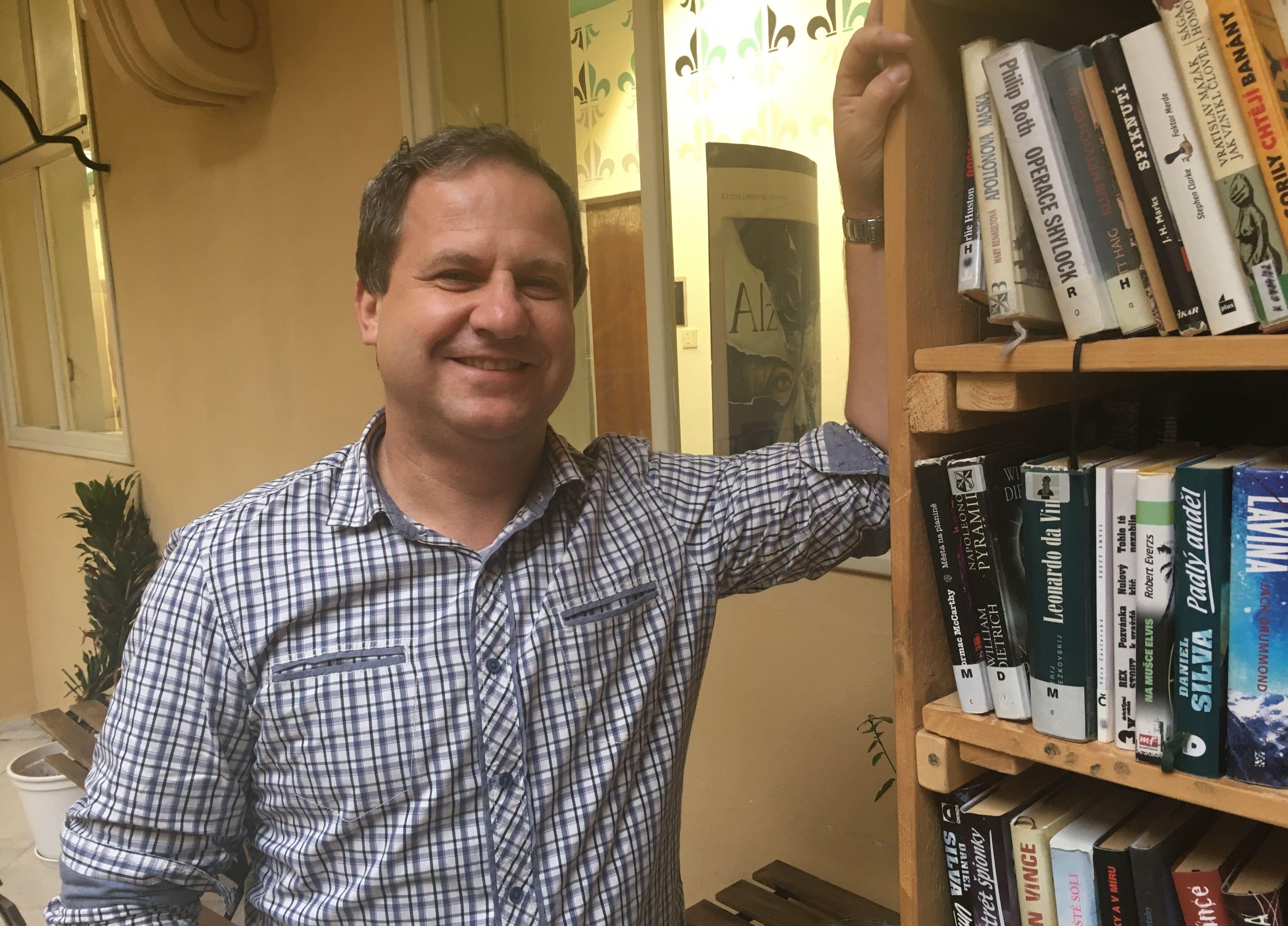 Stal se ze mě odborník na desinfekce a hygienu, říká Jaroslav Jirásko.
