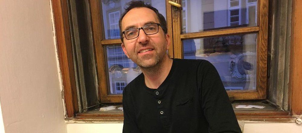 Rodiče, myslete teď hlavně na to, že je třeba opečovat ty děti, které možná právě utrpěly první bolestný střet se světem dospělých, říká Miroslav Hřebecký.