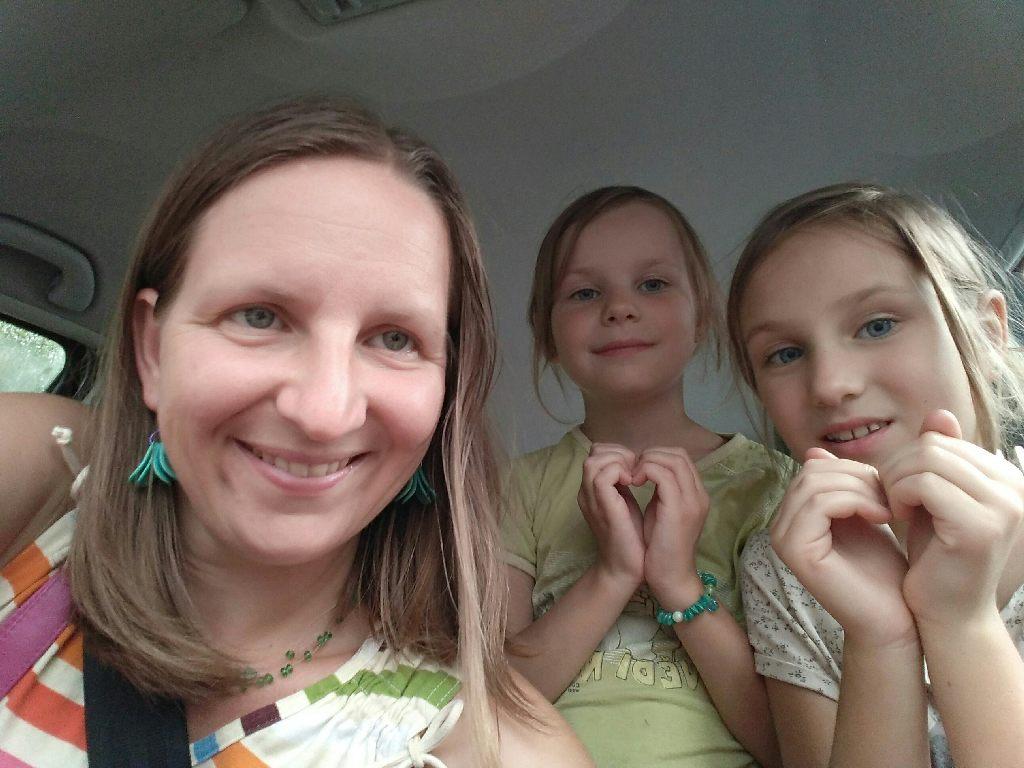 Tereza Puldová s dcerami Aničkou a Barunkou. Foto: archiv rodiny