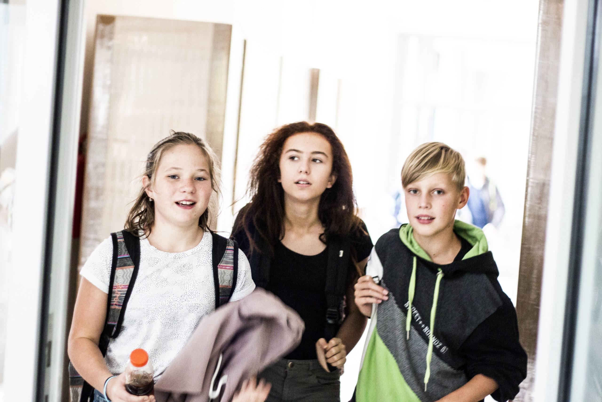 Ti dospělí, kteří si i vpokročilém věku dokážou zachovat kreativitu, odvahu a otevřenost adolescentů, jsou těmi, kteří si svůj život nejvíce užívají, míní autor knihy o mozku puberťáků. Ilustrační foto: Kateřina Lánská