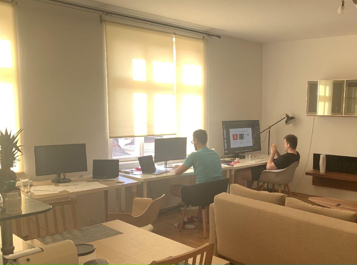 Před březnem jsme měli jsme práce nad hlavu, pak byl najednou obrovský prostor a volné kapacity... FOTO: Učíme.se