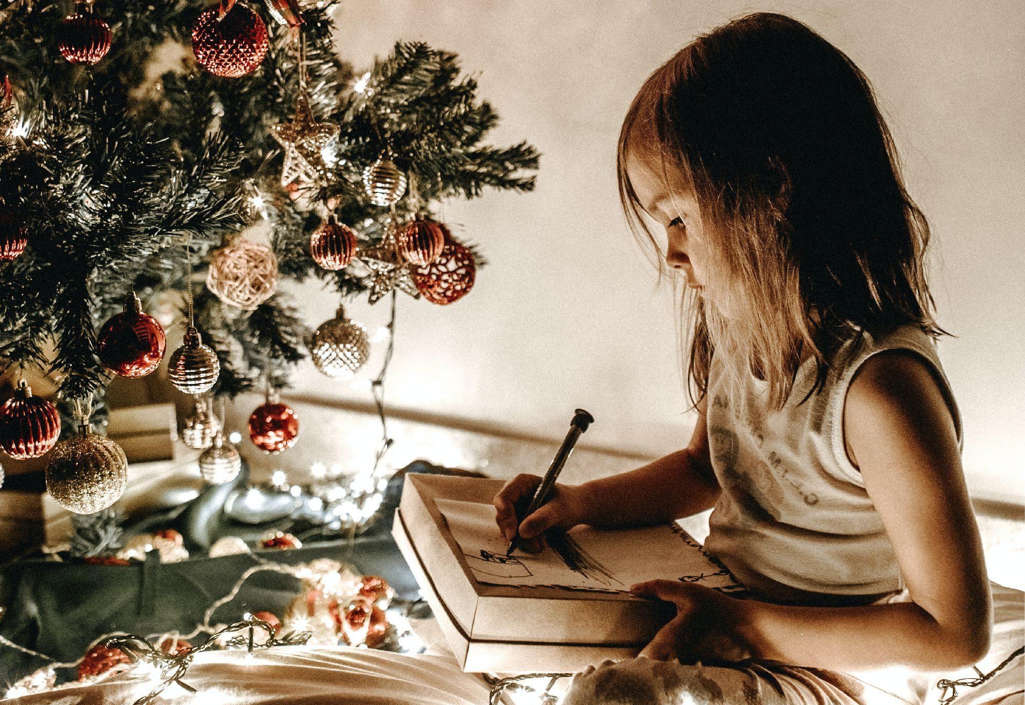 Vánoční bojovku vytvořila spisovatelka, bloggerka, bývalá učitelka valternativní základní škole a máma tří dětí Barbora Bečvářová. FOTO: Jonathan Borba