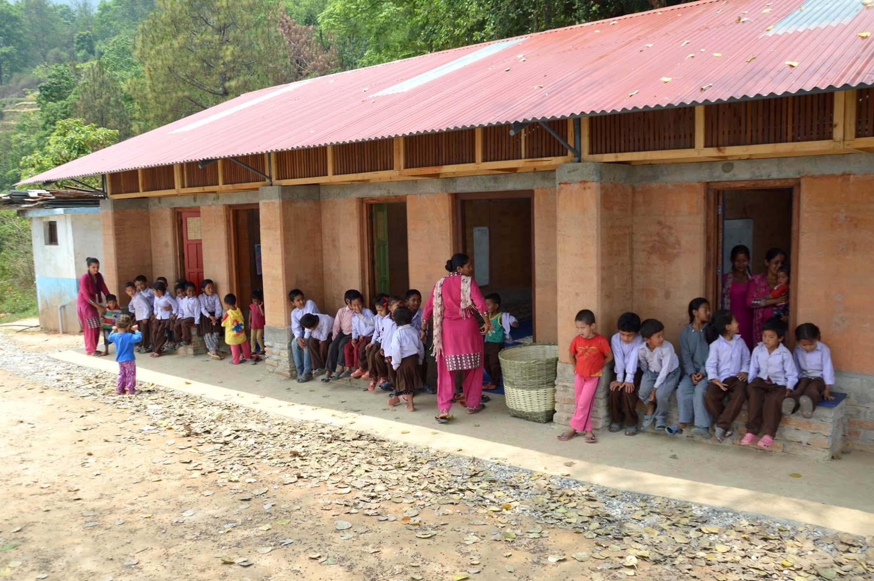 """Soutěžní model školy od Meem, ze kterého jsme vycházeli, se nazývá """"mela"""", což je nepálsky místo pro setkávání."""
