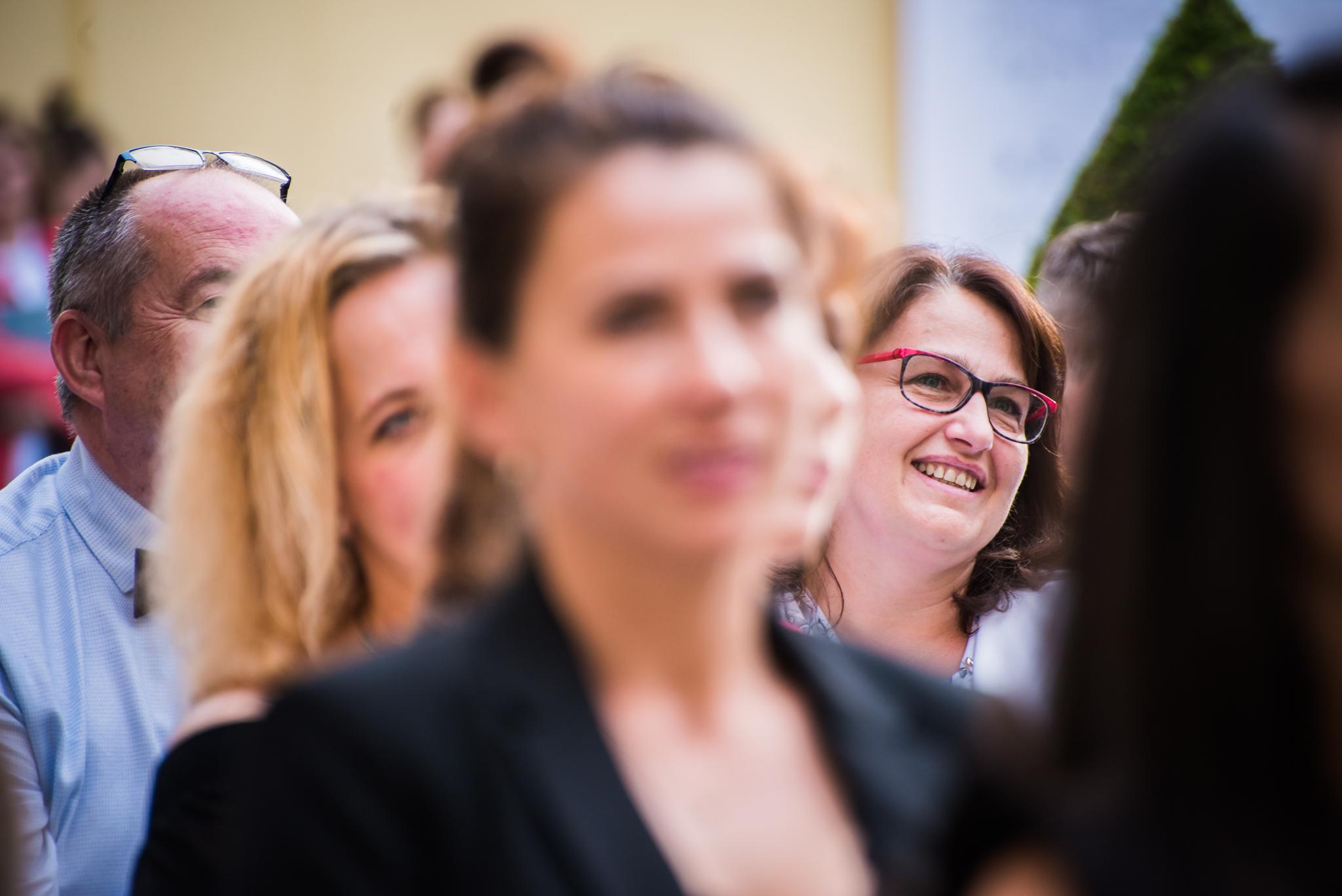 Štěpánka Baierlová na loňském vyhlášení cen Global Teacher Prize. Podívejte se na spot k letošnímu vyhlášení.