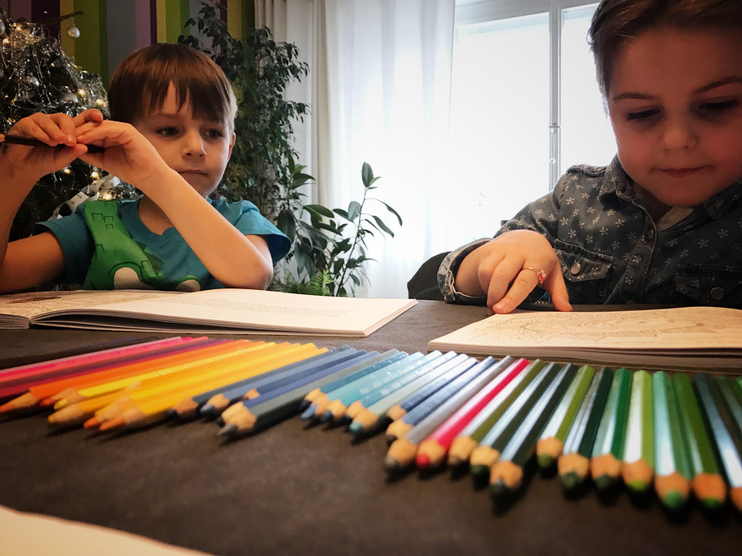 Posouzení školní zralosti ze strany mateřských škol komplikuje jarní uzavření školek, které nastalo loni a tento rok se opakuje.