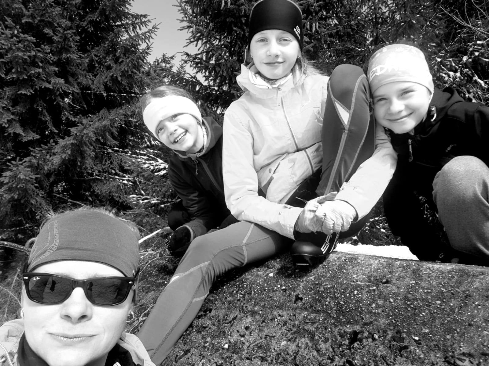 """Markéta Štindlová s dcerami: """"Líbí se mi taky, jak dokážou spolupracovat a pomáhat si."""""""