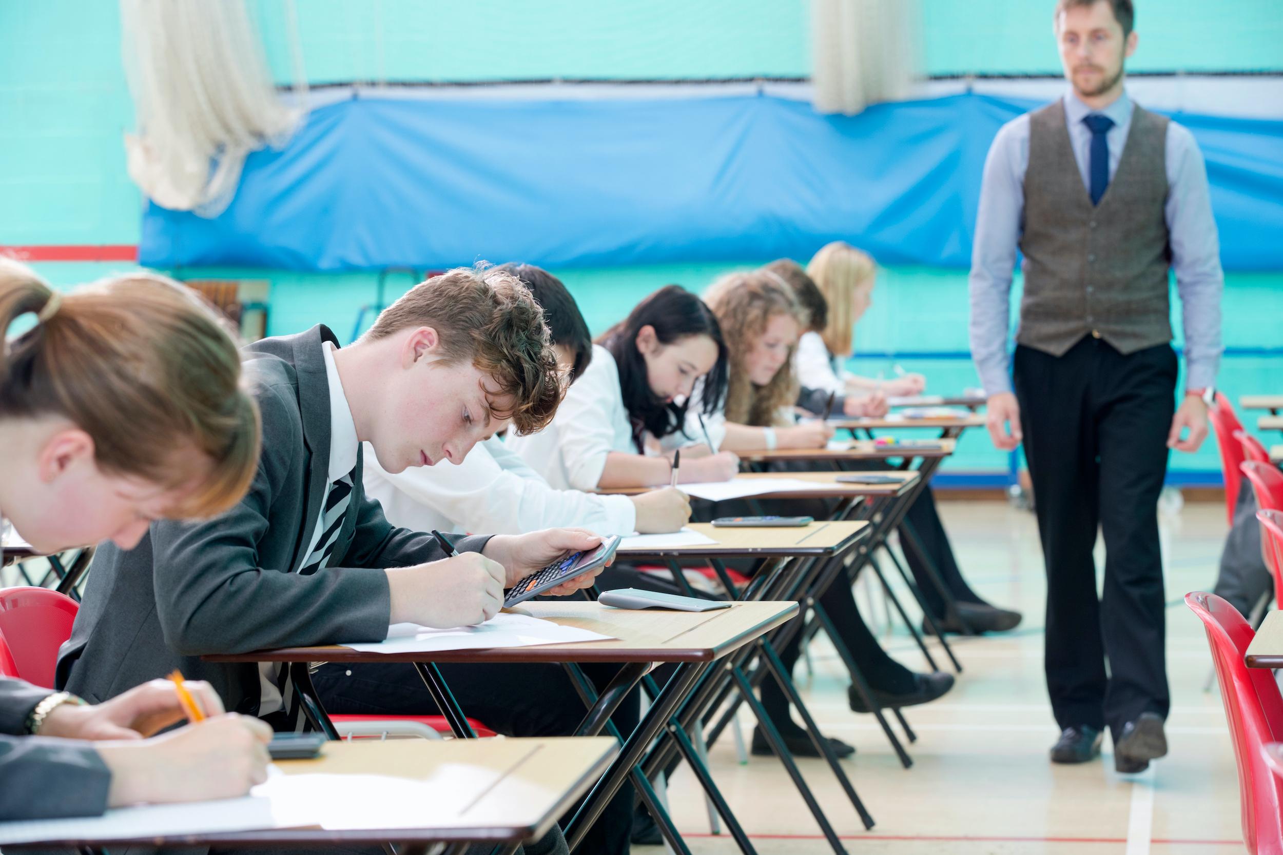 Přijímací zkoušky by nemusely být největším postrachem českého školství.