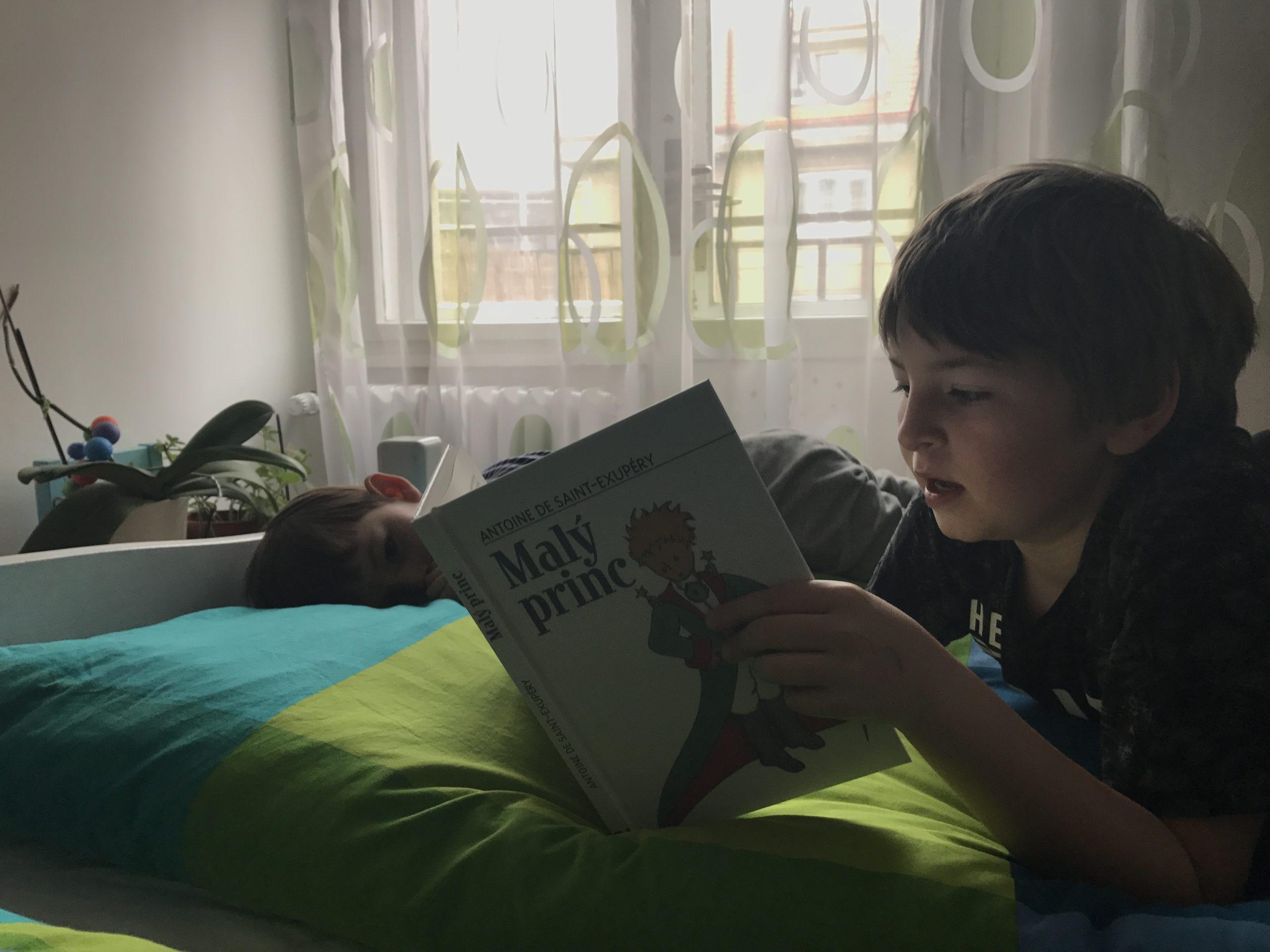 Z některých dětí prostě čtenáři nebudou. Rodiče by to ale neměli brát jako svoje selhání.