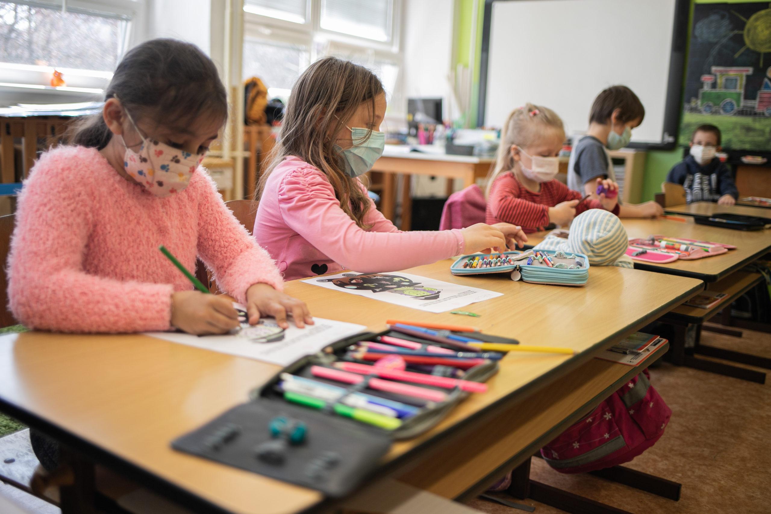 Do přípravky chodí letos patnáct dětí, sedm znich je ze sociálně znevýhodněného prostředí a jedna dívka má problémy s češtinou.
