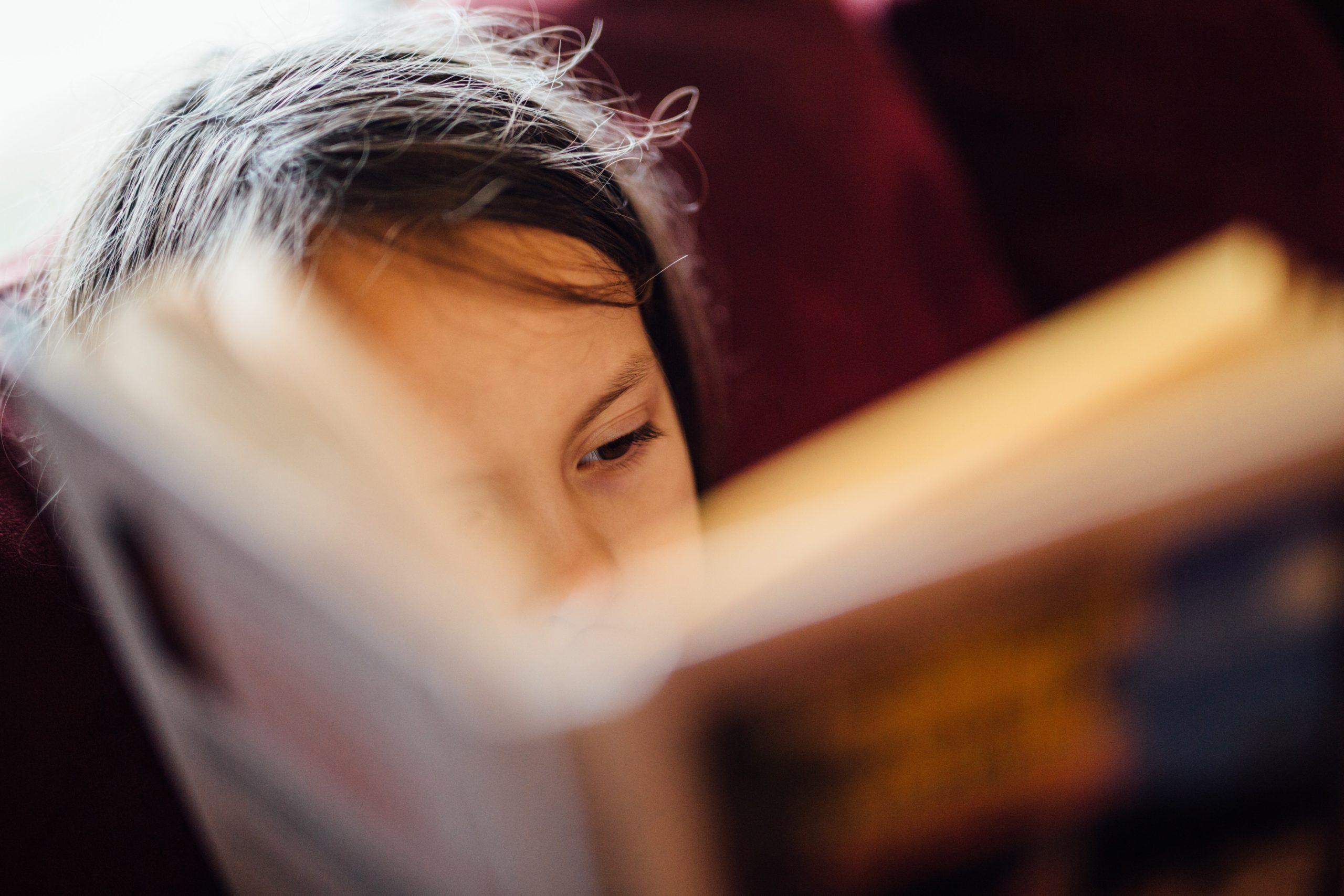 Čtení je brána do světa.