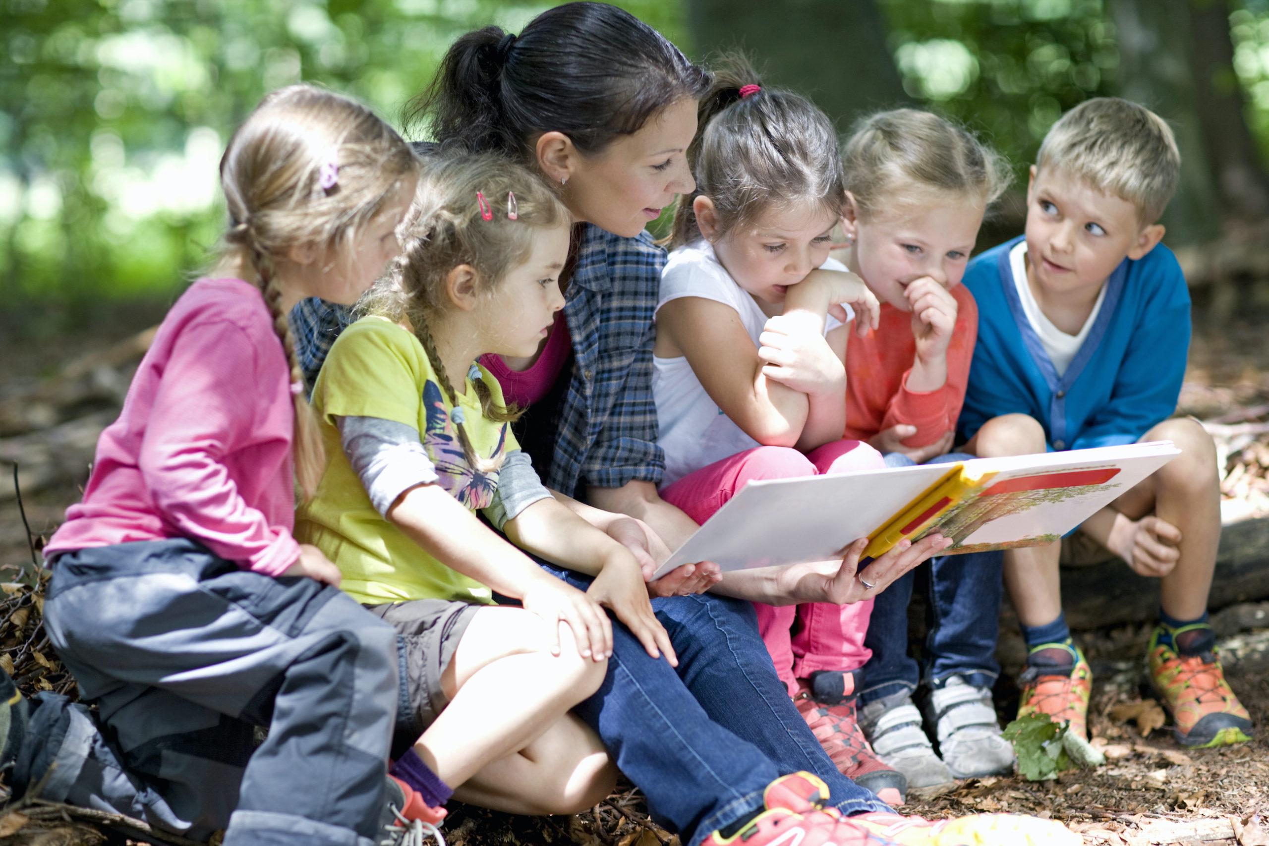 Školky nemohou přijmout zhruba čtvrtinu dětí, které podají přihlášku.